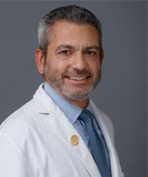 Dr. Hugo Barrera